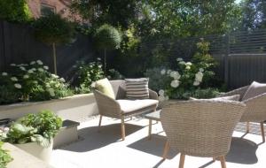 Small Contemporary Garden Makeover
